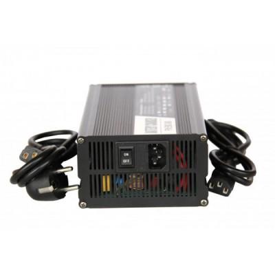 Автоматическое зарядное устройство для литий ионных АКБ на 72v (5A) Elvabike.com