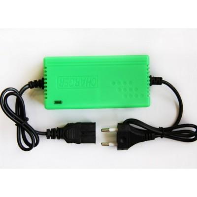 Автоматическое зарядное устройство для литий ионных АКБ на 12v (1А) Elvabike.com